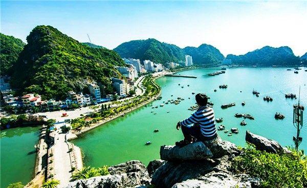 Ngắm nhìn thành phố cảng Hải Phòng